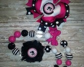 Barbie Inspired Chunky Bead Shabby Chic Necklace OTT Bow and Bracelet