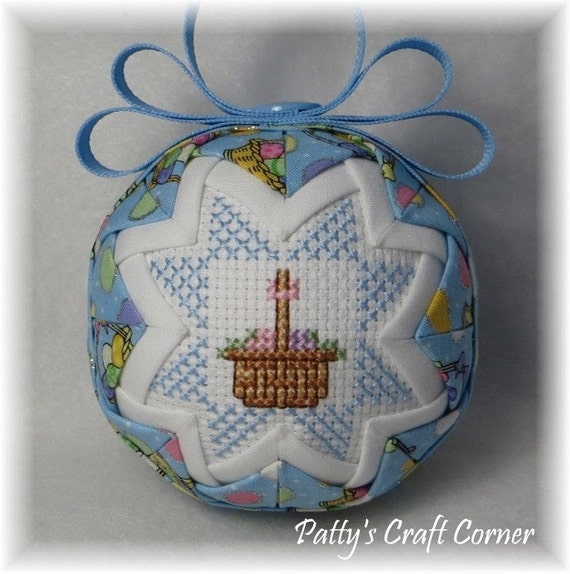 Quilted Keepsake Ornament Easter Happy by PattysCraftCorner
