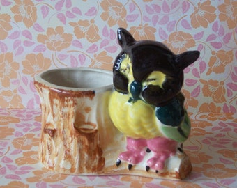 Cute Vintage Ceramic Owl by a Stump Planter Made in Japan