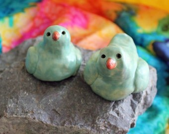 Teal Blue Green Birds, Ceramic Love Birds, Love Bird Toppers, Wedding Cake Toppers,  by Laura Pallatin of LaBelle Mariposa