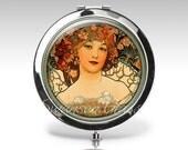 Personalized Compact Mirror - Alphonse Mucha Art Nouveau - Magnifying Mirror - Wedding Favor - Art Deco C38