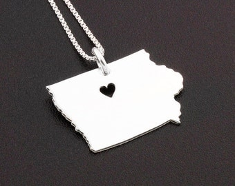 Iowa necklace engrave Personalized sterling silver Iowa state necklace with heart comes with Box chain love Iowa pendant Hometown Jewelry