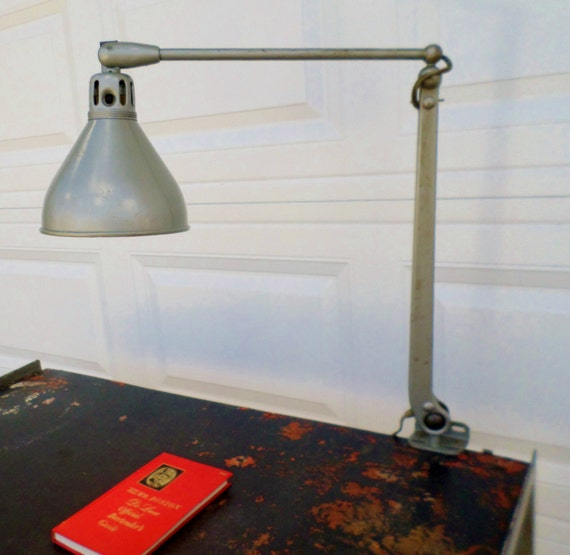 Workbench Lights Vintage: Vintage Dazor Mfg Model 1100 Adjustable Arm Lamp W/39