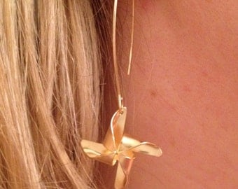 Gold Pinwheel Long Dangle Summer Earring