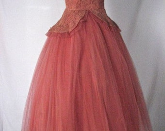 1950s Strapless Raspberry Tulle and Embroidered Party / Prom Dress.....size X-Small