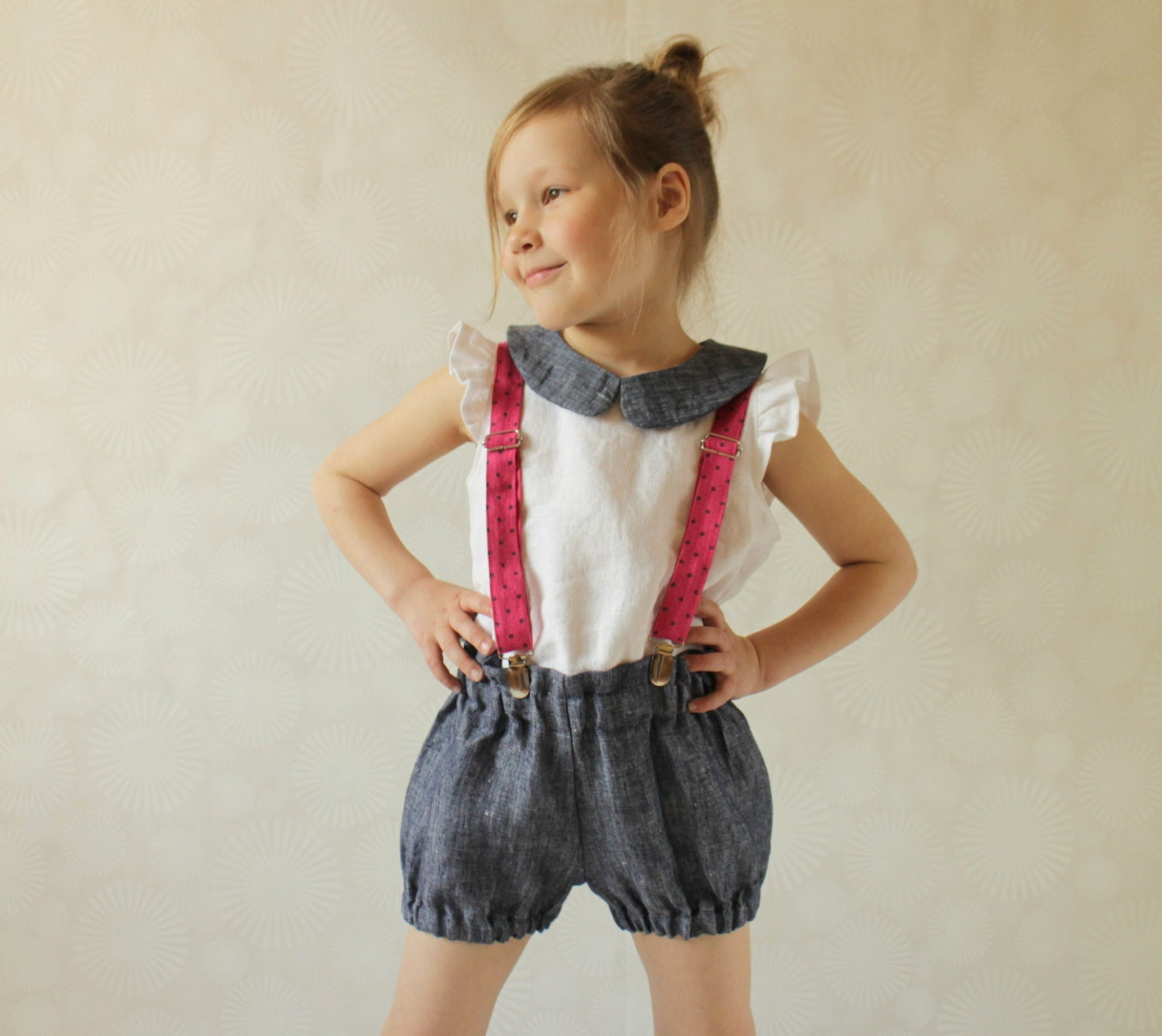 Kids and Junior Adult Ski Pant Suspenders are a wonderful way to keep them up whether playing in the snow or hitting the slopes.