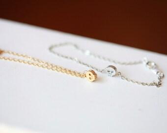 Tiny Skull bracelet - dainty gold chain bracelet  - tiny skull bracelet - rhodium plated skull on silver tone chain / gift for her