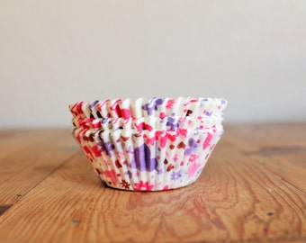 Hearts & Flowers Valentines Day Cupcake Liners- (25)