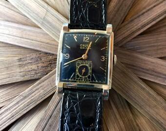 SUPER SALE!!!! Vintage 14K Gold Gruen Veri-Thin Watch (st - 1260)