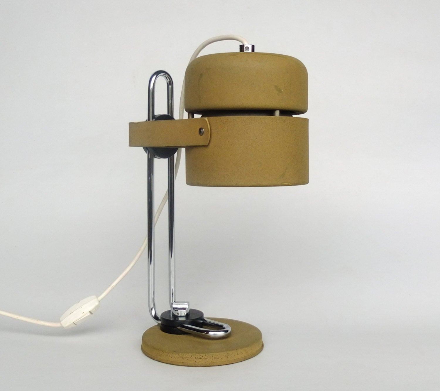Vintage Industrial Desk Lamp / Office Desk Lamp / Adjustable