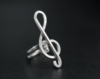 Treble clef ring, quirky ring, unusual ring, music teacher gift, music jewelry, statement ring, silver ring for women, treble clef jewelry