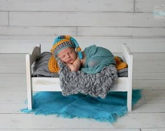 Vintage Inspired Bed Photo Prop - newborn photography props, newborn bed prop, wooden bed photo prop