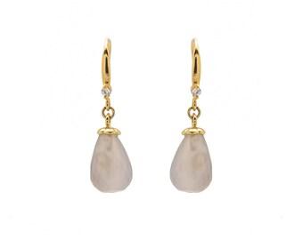 Short dangling earrings - Gray earrings - Gold earrings