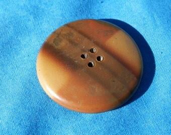 LG Vintage Celluloid Button