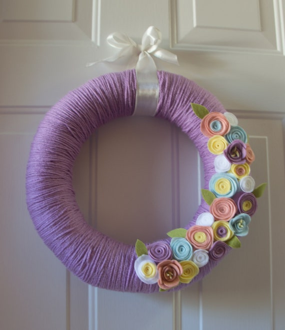 14 Spring For Sale: Sale 14 Handmade Spring Wreath Yarn Wrapped Easter