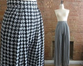"1990s houndstooth trousers | 90's truth or dare | size 25"" waist 