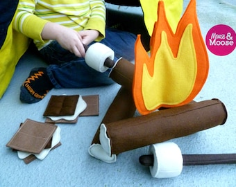 Pretend felt campfire set, perfect for make believe camping trips and tenting.  Made with 100% wool felt.