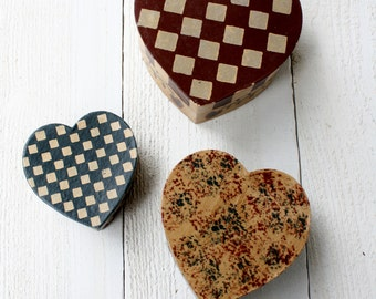 Vintage Patriotic Nesting Heart Boxes