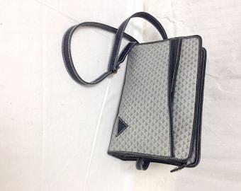 Free Ship Liz Claiborne purse 1984 PVC & Leather Trim Purse Shoulder Bag