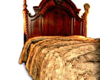 Premium Faux Fur Bedspread  Golden Brown Light Wolf -  Coyote - Soft Minky Cuddle Fur Lining - Fur Accents USA