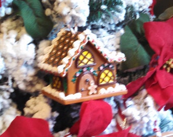 Small Woodland Gingerbread Cottage