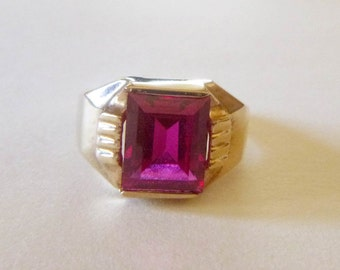 Art Deco 10k yellow gold red gem ruby unisex or mens ring size 8.5