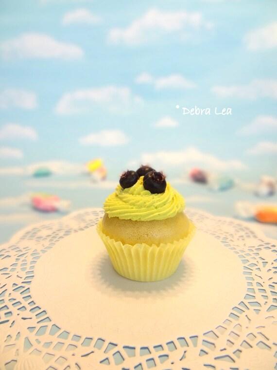 Fake Cupcake Lemon Cream with Blueberries Kitchen Decor Photo Prop Display Fake Food Realistic