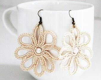 Beige Crochet Pearl Earrings
