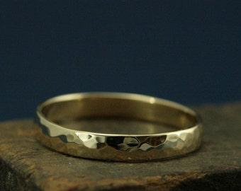 Hammered Gold Wedding Band--4mm Wide Perfect Hammered Band--Solid 14K Gold Wedding Ring--Rustic Gold Wedding Band--Your Choice of Gold Color