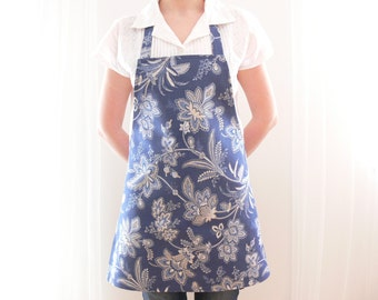 Blue and White Apron, Full Apron, Womens Aprons, Floral Apron, Cotton Apron, Aprons for Women, Ready to Ship, Silverfrosthandmade