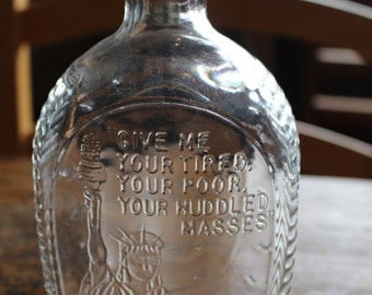 Vintage Bicentennial 1976 Log Cabin Syrup Glass Bottle with Statue of Liberty Relief