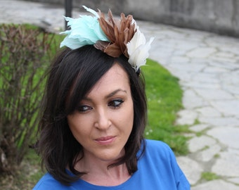 fascinator headdress with colorful feathers and crystals, fascinator headpiece, feathers headwear