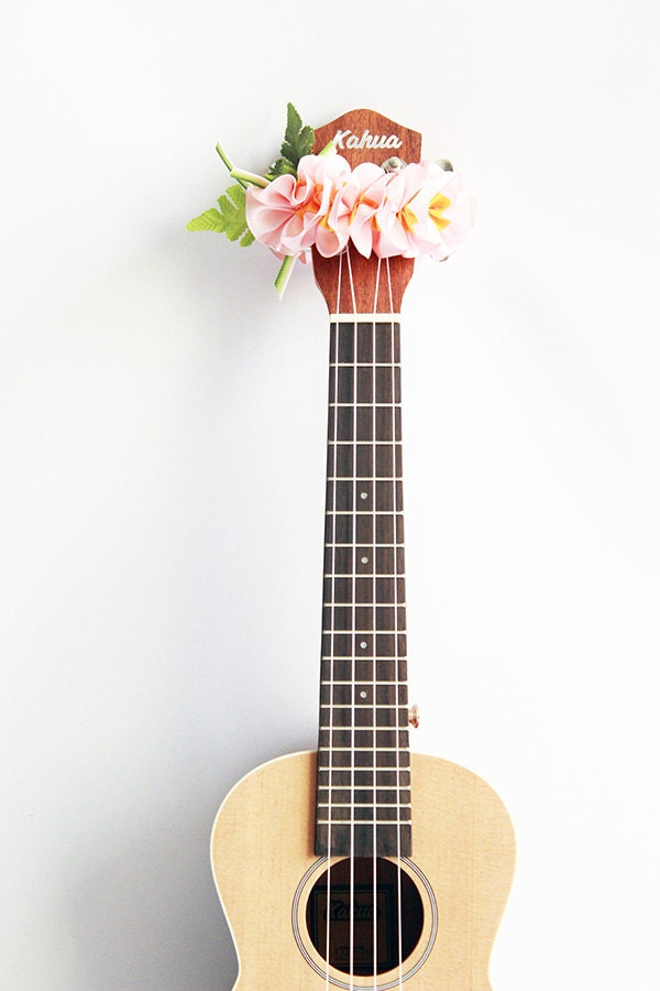 Ribbon lei for ukulele pink plumeria ukulele accessories for Decoration ukulele