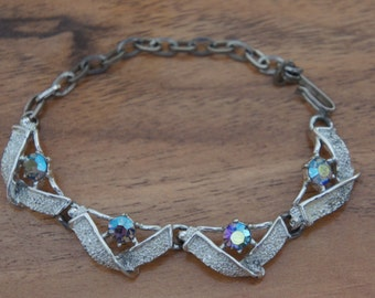 Vintage  Jewelry  Bracelet  Cubic Zirconia Silver Collectable with the Extanded Chain E-094