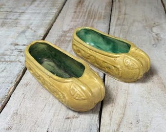 Yellow Ashtray Shoes - Antique Ashtray - Yellow Shoe Ashtray Set - Vintage Ashtray - Small Ashtrays - Mini, Miniature Shoes - Cool Ashtrays