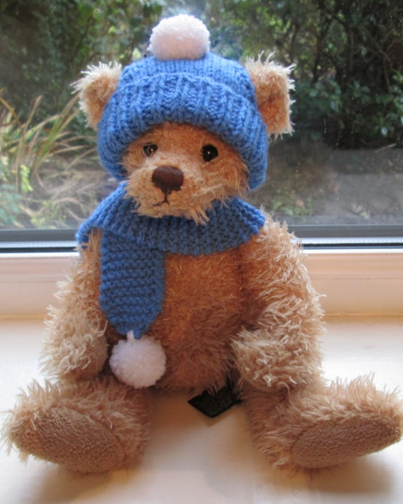 Knitting Pattern For Teddy Bear Scarf : Teddy Bear ClothesBlue Bobble hat & Scarf Hand Knitted to
