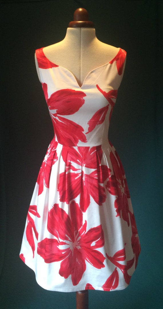 Summer dress floral dress red and white dress vintage style
