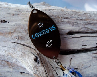 Dallas Cowboy Fathers Day Gift Hand Stamped Fishing Lure Mens Gift for Him Birthday Gift Father Personalized Football Fishing Lure Gift
