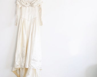1940 beaded satin wedding gown . regal bridal sheer illusion 3 pc dress .small .sale
