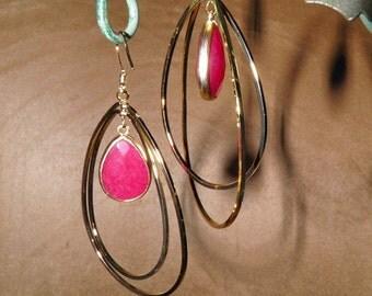 Ruby Red AGATE Earrings Gold Hoop Earrings Gemstone Jewelry Handmade Jewelry Faceted Bezel Set Agates Dangle In Two Twisting Teardrop Hoops