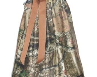 Camo Ruffle Dress / Brown / Beautiful / Mossy Oak Camo / Flower Girl / Wedding/ Newborn / Infant / Baby / Girl / Toddler / Boutique Clothing