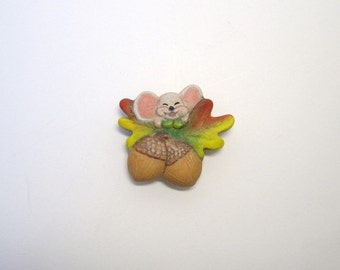 Magnet, refrigerator magnet, ceramic magnet, mouse & acorn