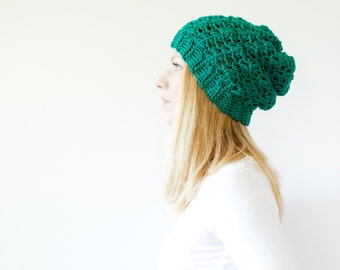 the SUMTER hat - Slouchy hat beanie crocheted - emerald - wool