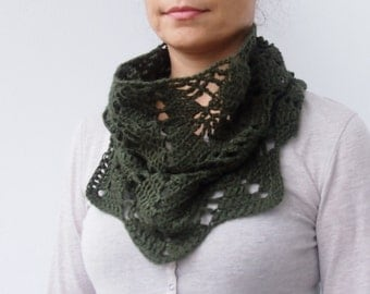 Crochet pattern lacy leaves women cowl loop scarf neckwarmer, PDF DIY tutorial, Instant Download