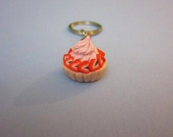 Strawberry pie keychain, polymer clay food keychain, mini food