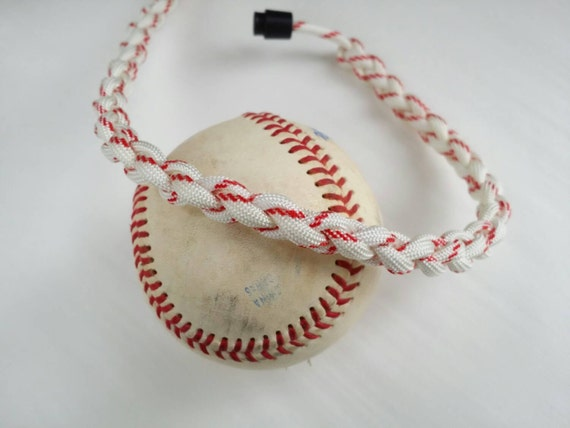 how to make a paracord baseball necklace