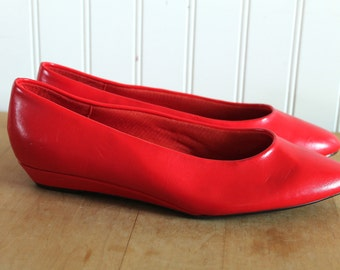 80's Sassy Red Pointed Toe Flats 7.5
