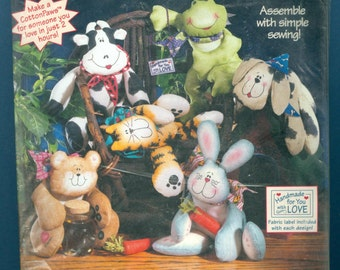 1997 Cotton Paws Dimples the Bear Stuffed Animal Kit Designed by Cynthia Rose - Dimensions Kit 62115