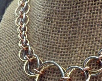 Mixed metal graduated chainmaille necklace in aluminum, copper and brass; chainmaille jewelry; mixed metal necklace; chain maille necklace