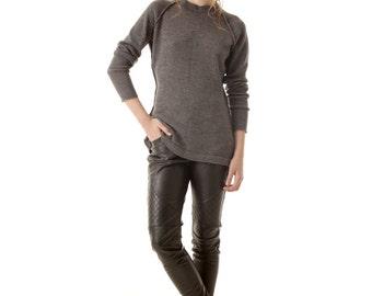 Grey alpaca sweater | Grey raglan sweater | Grey knit alpaca sweater | Alpaca sweater pullover | Crew neck sweater | Grey sweater | EVE